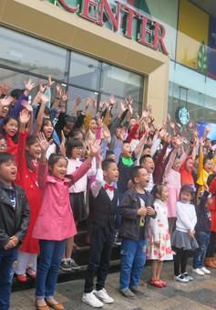 Hàng nghìn tài năng nhí đổ bộ vòng sơ loại Vietnam Idol Kids 2017