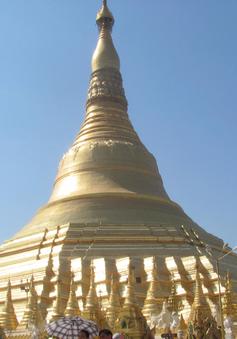 Khám phá ngôi chùa cổ 2600 năm, dát 80 tấn vàng ở Myanmar