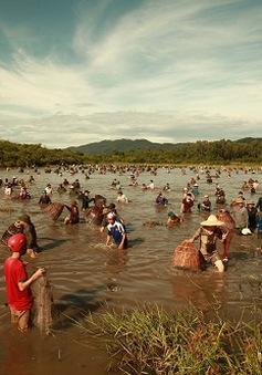 Độc đáo Lễ hội đánh cá Đồng Hoa tại Hà Tĩnh