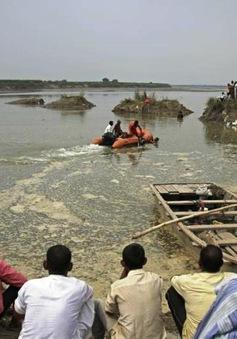 Lật thuyền khiến 19 người thiệt mạng tại Ấn Độ