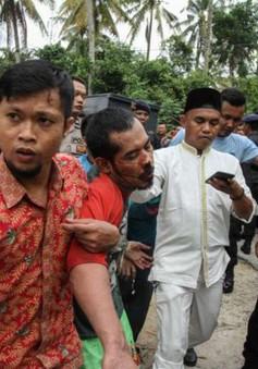 Cảnh sát Indonesia truy lùng hơn 200 tù nhân bỏ trốn