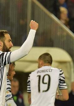 Vòng 24 Serie A: Higuain lập cú đúp Juventus ung dung ngôi đầu