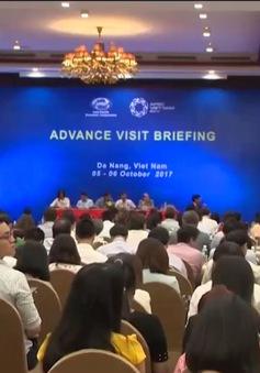 Đại diện các thành viên khảo sát công tác tổ chức APEC tại Đà Nẵng