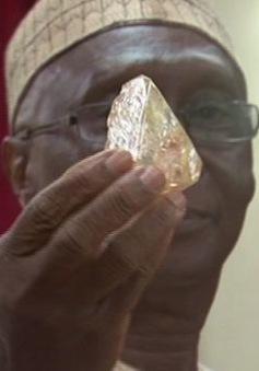 Phát hiện viên kim cương khủng 706 carat tại Sierra Leone