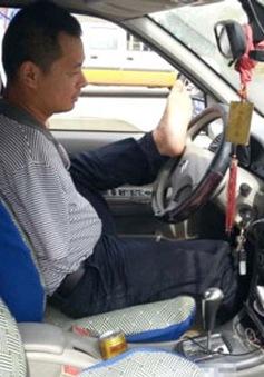 Người khuyết tật được thi lấy bằng lái ô tô