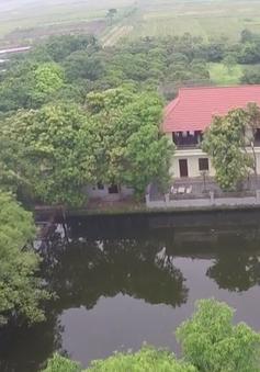 Hà Nội: Lấn chiếm đất hồ xây biệt thự, chính quyền làm ngơ