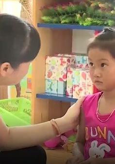 Những đứa trẻ bơ vơ tìm con chữ ở khu tái định cư làng chài