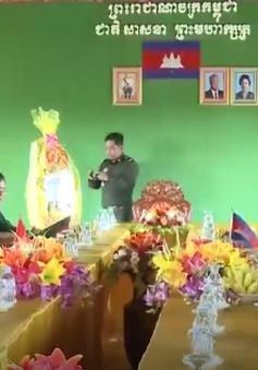 Bộ Tư lệnh Quân khu 5 chúc Tết Lào