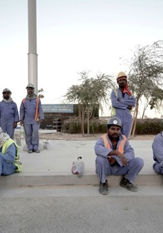 Lao động nước ngoài rút khỏi Qatar