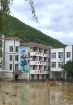 Sơ tán khẩn cấp hơn 1.000 người do lũ quét tại Trung Quốc