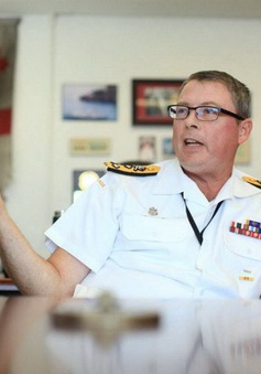 Lãnh đạo quân đội Canada bất ngờ mất chức