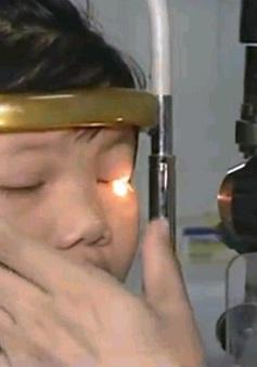 Dịch đau mắt đỏ bùng phát sớm ở Hà Nội