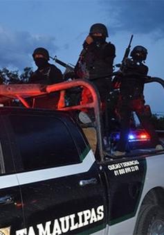 Đấu súng dữ dội trong nhà tù tại Mexico