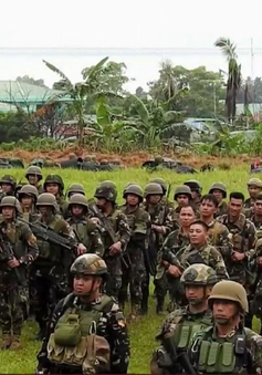 Tổng thống Philippines yêu cầu gia hạn thiết quân luật tại Mindanao