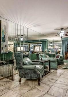 Choáng với căn hộ có nội thất toàn bằng gương