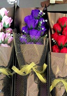 Sôi động thị trường quà tặng mùa Valentine