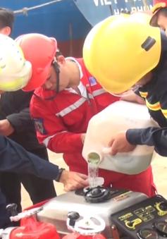 Ngăn chặn thành công nguy cơ tràn 5 triệu lít xăng ra biển