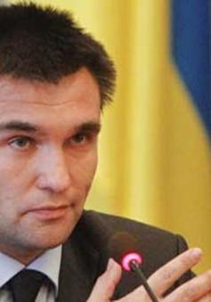 Ukraine đòi được cung cấp vũ khí sát thương