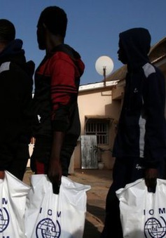 Người di cư bị đấu giá làm nô lệ tại Libya với giá vài trăm USD
