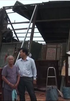 Tiền Giang: Xuất hiện dông lốc làm sập, tốc mái 14 căn nhà
