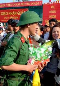 Bắc Giang: Hàng nghìn thanh niên nô nức lên đường nhập ngũ