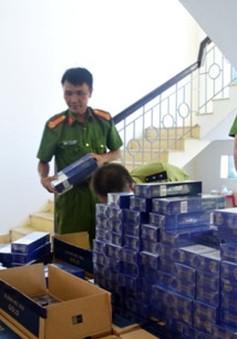 TT-Huế: Phát hiện ô tô khách vận chuyển 20.000 bao thuốc lá nhập lậu