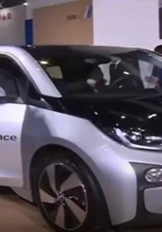 Trung Quốc: Doanh số bán ô tô năng lượng sạch tăng mạnh