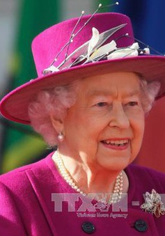 Nữ Hoàng Anh Elizabeth II phê chuẩn dự luật về Brexit
