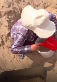 """Người dân Khánh Hòa """"khát"""" nước sạch sau bão lũ"""