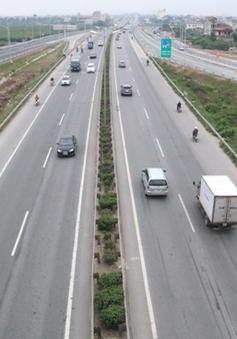 Vốn ngân sách cho giao thông gấp 377 lần cho KH&CN