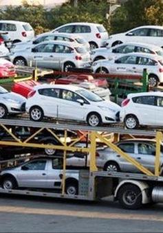 Doanh số bán ô tô tại Việt Nam giảm sâu
