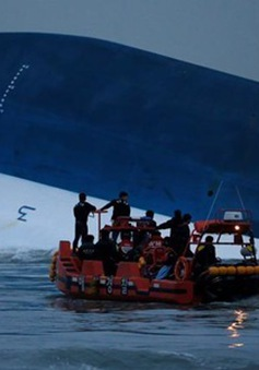 Hàn Quốc chuẩn bị trục vớt phà Sewol