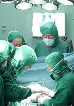 Hơn 400 bệnh nhi nghèo tại Ninh Thuận được phẫu thuật tim miễn phí