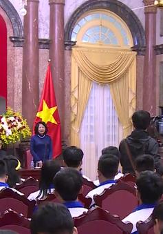 Phó Chủ tịch nước Đặng Thị Ngọc Thịnh gặp mặt 63 học sinh xuất sắc thi tìm hiểu lịch sử