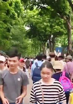 Không khí vui chơi ngày Quốc khánh 2/9 tại Hà Nội và TP.HCM