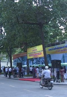 Phố hàng rong Nguyễn Văn Chiêm nhộn nhịp sau 1 tuần khai trương