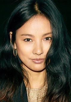 Lee Hyori xuất hiện cá tính tại Tuần lễ thời trang New York