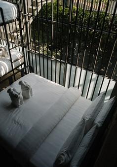 """Khách sạn """"lạnh lẽo"""" nhất Thái Lan mang phong cách nhà tù"""