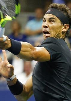 Nadal ngược dòng thành công, Federer trận thứ hai thi đấu năm set