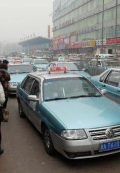 Tế Nam (Trung Quốc) lắp đặt hệ thống giám sát không khí trên taxi