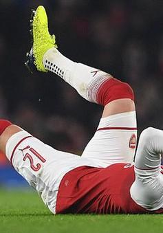 Wenger báo tin buồn về Giroud