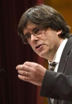 Đình chỉ quyền tự trị của Catalonia
