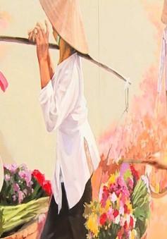 Tranh bích họa bừng sáng phố Phùng Hưng, Hà Nội