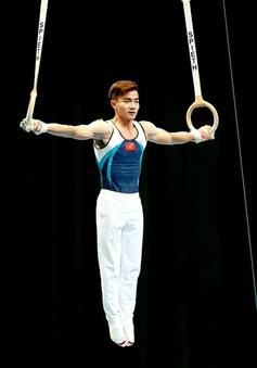 Phạm Phước Hưng 'khai sinh' thêm động tác thể dục thế giới