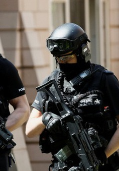Anh bắt giữ thêm nghi phạm khủng bố