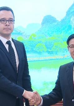 Phó Thủ tướng Vương Đình Huệ tiếp lãnh đạo Tập đoàn Zurich Airport