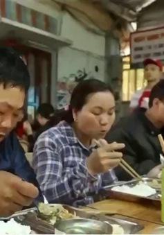 Việc tử tế: Quán cơm Hạt gạo từ tâm tại Thừa Thiên-Huế