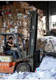 """Sau đợt mua sắm Ngày Độc thân, Trung Quốc đối diện với """"núi rác khổng lồ"""""""