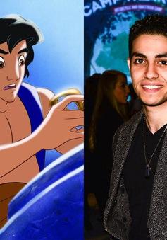 Vẻ điển trai khó cưỡng của tài tử thủ vai Aladdin phiên bản người thật