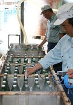 Quy trình chưng cất rượu truyền thống trên 500 năm tuổi của Nhật Bản